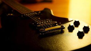 ギターコードの一覧、チューニングやアンプの設定方法などをご紹介