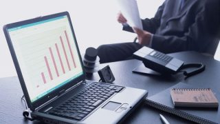経営の指標となる固定費とは?変動費、損益分岐点など解説